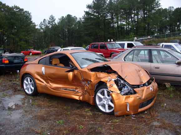 Wrecked Cars For Sale >> Damaged Salvaged Cars We Buy Wrecked Damaged Broken Cars
